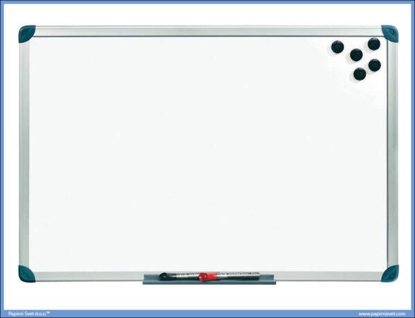 Bela tabla magnetna 30x45cm