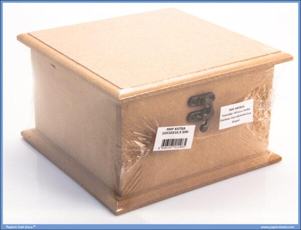 Dekupaž kutija 16x16cm širi poklopac i dno