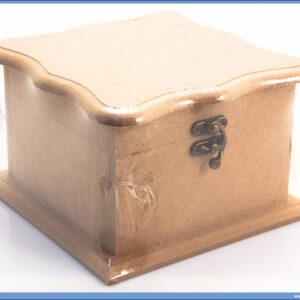 Dekupaž kutija 14x14cm širi poklopac i dno