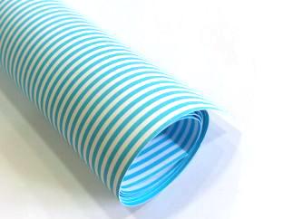 Karton Deco svetlo plavi LINIJE B1 (70X100cm) 250gr 1/10