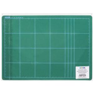 PODLOGA ZA REZANJE PVC; 3-slojna s pojačanom sredinom; debljina: 3 mm Dimenzija: 30x22cm Boja: zelena