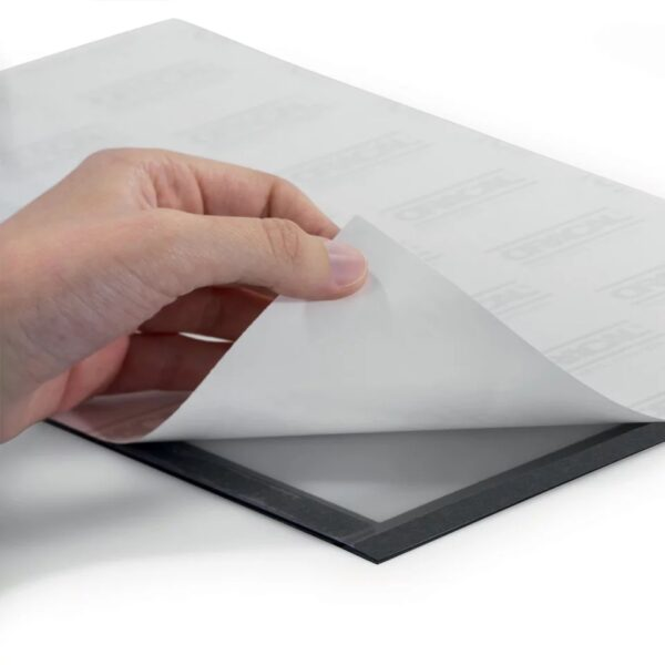 Samolepljivi otvoreni ram za papir A4, magnetno zatvaranje srebrna O+CO